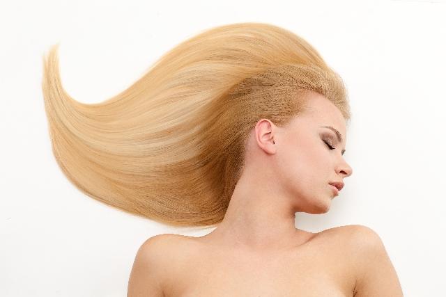 柏の美容室omino髪のダメージ
